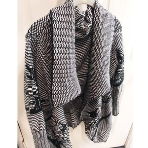 Love Stitch wool chunky knit cardigan sweater
